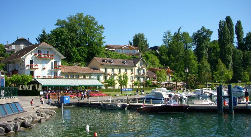 Hotel restaurant le jules verne yvoire avec des avis - Piscine jules verne tarif ...