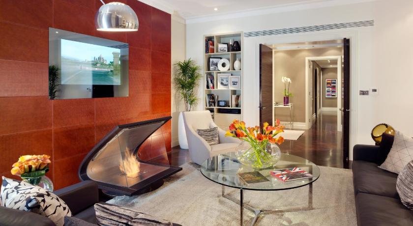 ★★★★★ Taj 51 Buckingham Gate Suites and Residences