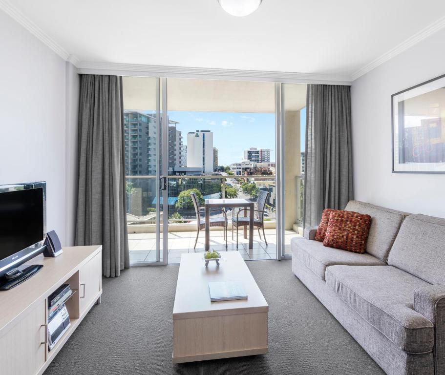 Kitchen Gallery Greensburg Pa: Oaks Lexicon Apartments, Brisbane, Australia