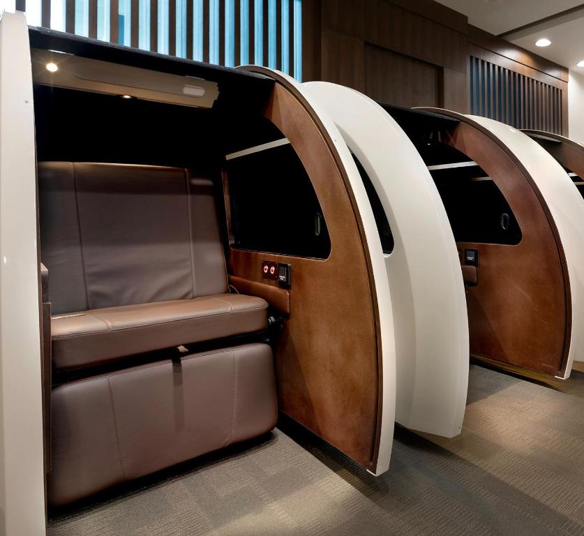 Office Sleep Pod Intended Gallery Image Of This Property Sleep u0027n Fly Lounge u2013 Dubai Airport Agates terminal