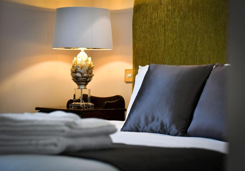 The Clink Boutique Hotel., Carlow – Updated 2018 Prices