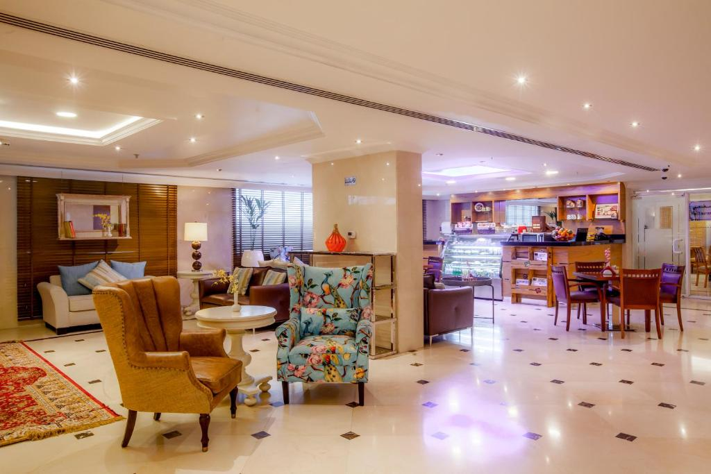 Golden Sands Hotel Apartments, Dubai - Updated 2018 Prices