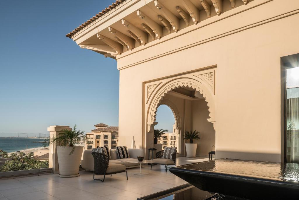Отели Sunset Beach Dubai