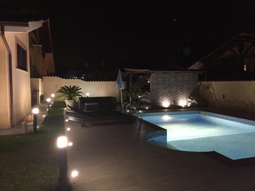 Mobili Da Giardino Casal Palocco : Villa alba casal palocco u prezzi aggiornati per il