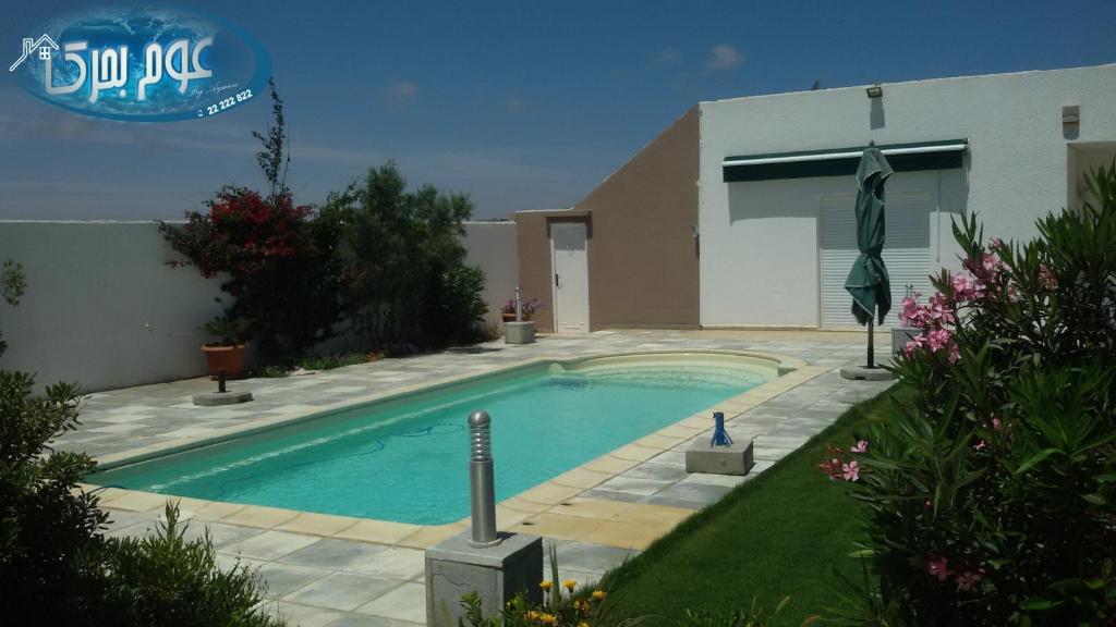 Location maison avec piscine kelibia for Maison location piscine
