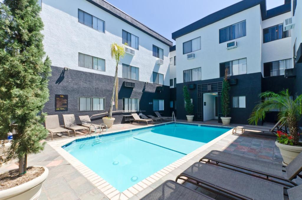 Apartment Perfect Location Hollywood Walk of Fame, Los Angeles, CA ...