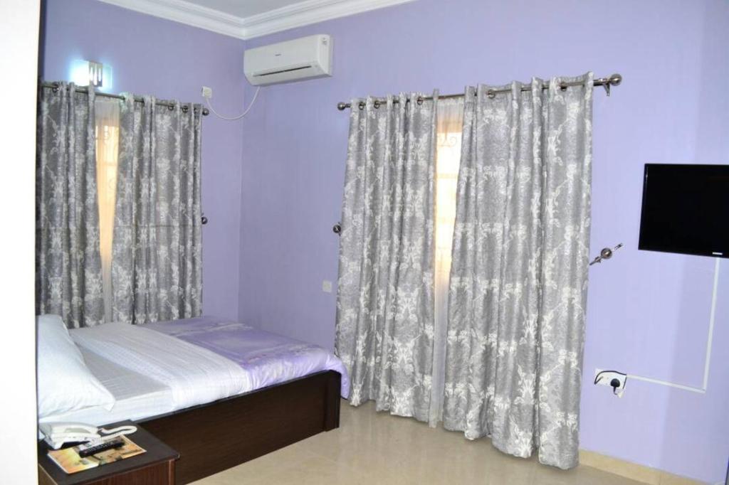Rayjok Hotel & Suites