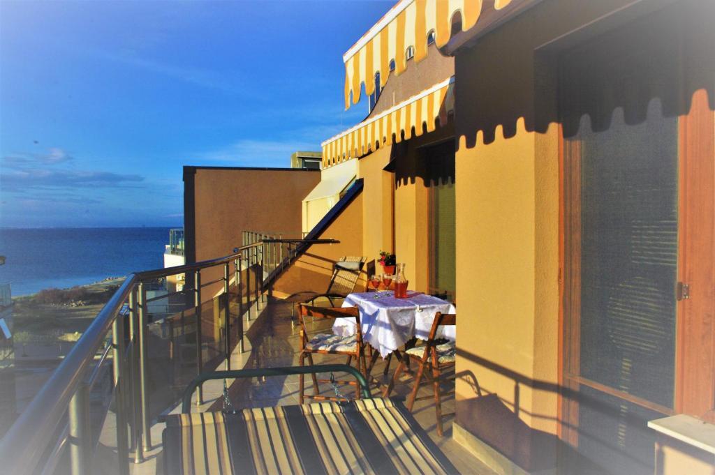 Апартамент Марина с Изглед към морето - Поморие