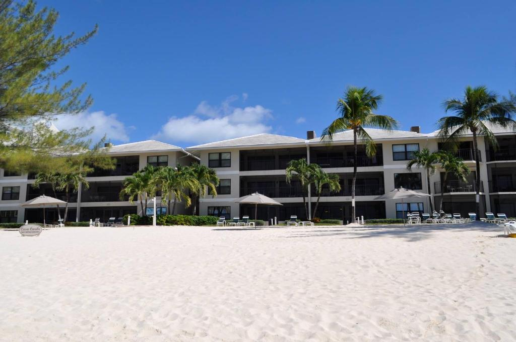 Apartments In Driftwood Village Grand Cayman