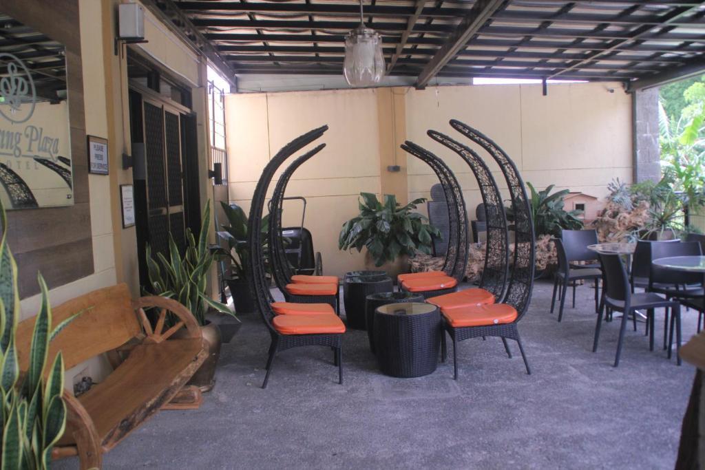 Spring Plaza Hotel