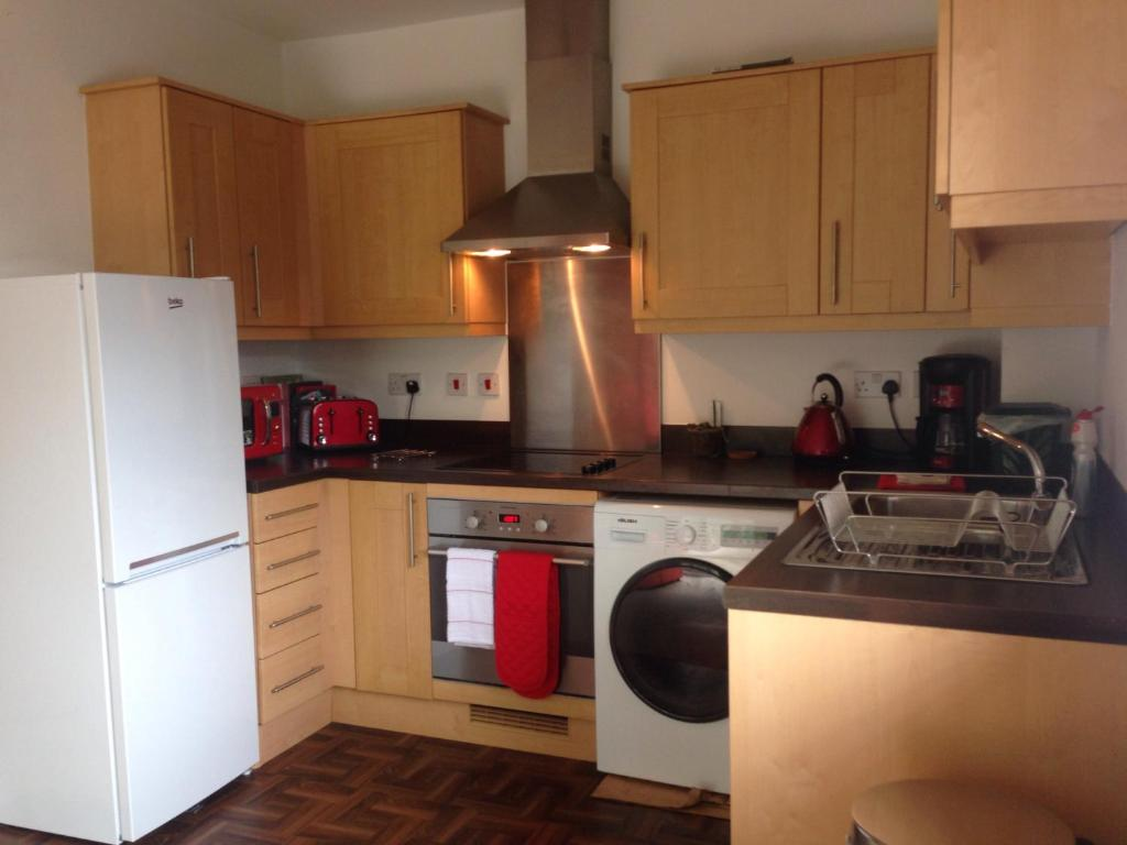 Uncategorized Kitchen Appliances Cardiff woodland view apartment cardiff uk booking com see all 11 photos