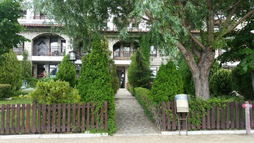 Апартамент Orange Etara 3 - Елените