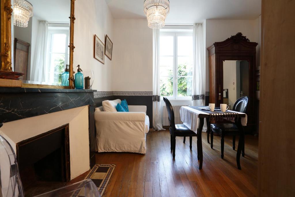 Apartments In Turquant Pays De La Loire
