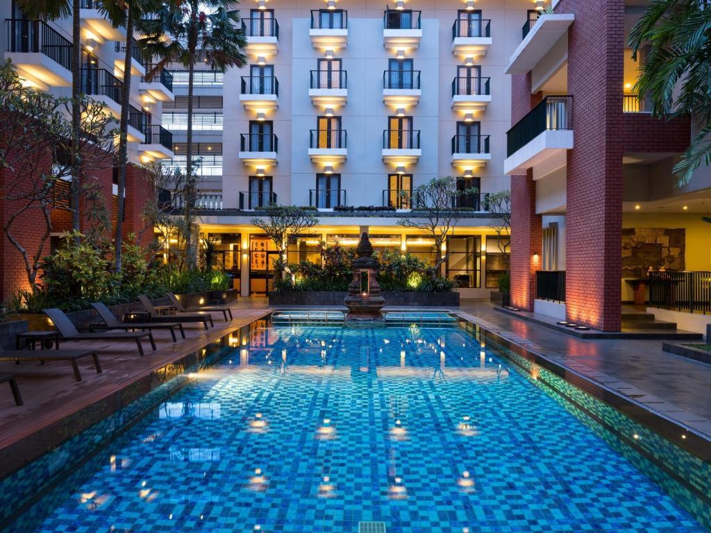 hotel santika premiere malang indonesia booking com rh booking com Hotel Nirwana Batu Malang Hotel booking hotel pohon inn batu malang