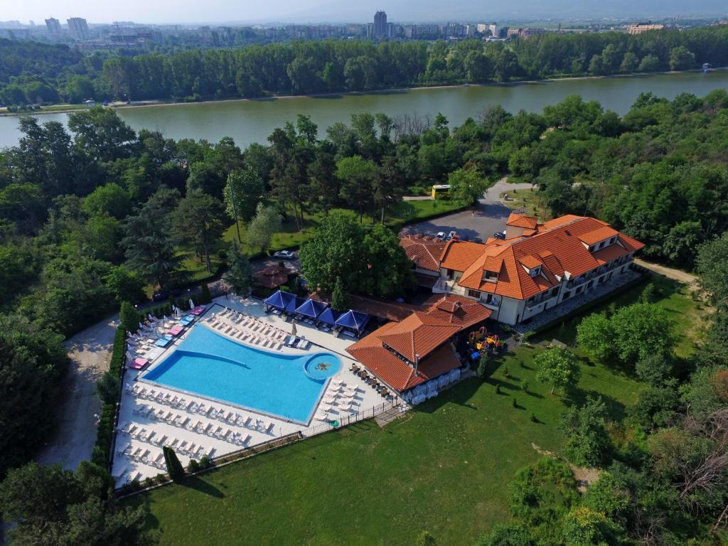Хотел Острова - Пловдив