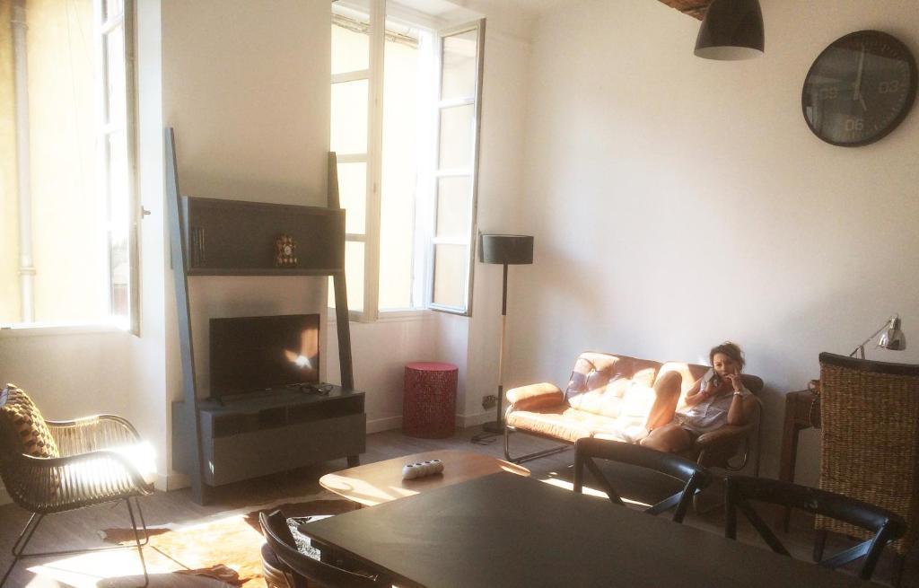 Apartment Sunny Loft In Historic Center Nimes, Nîmes, France ... on