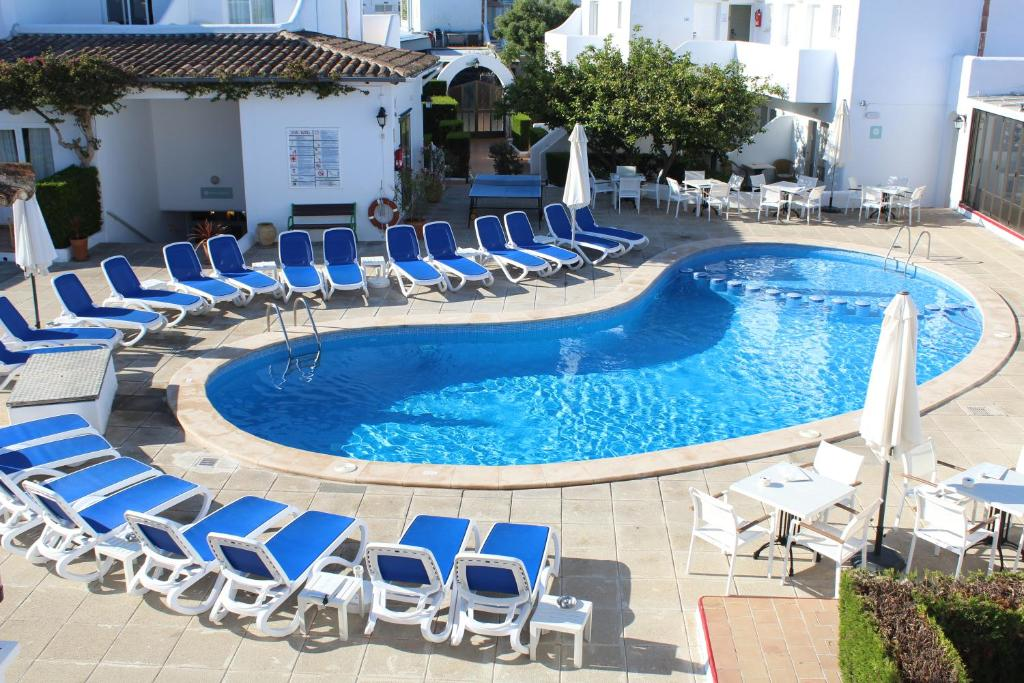 A view of the pool at Hotel d'Or or nearby