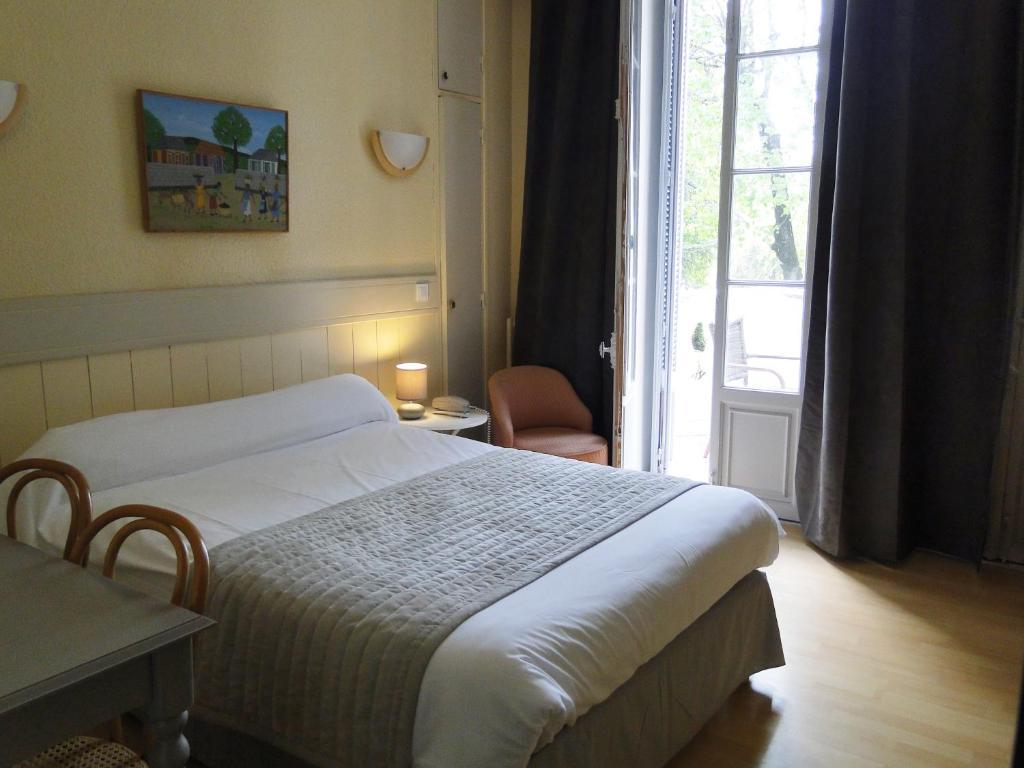 Villa Castellane (France Gréoux-les-Bains) - Booking.com