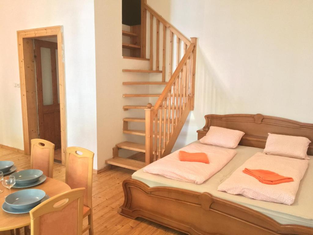 A bed or beds in a room at 2bedroom Flatel near Letna Park