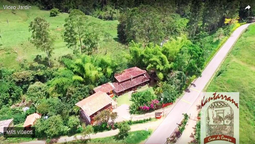 Kantarrana casa de campo jardin colombia - Jardines en casas de campo ...