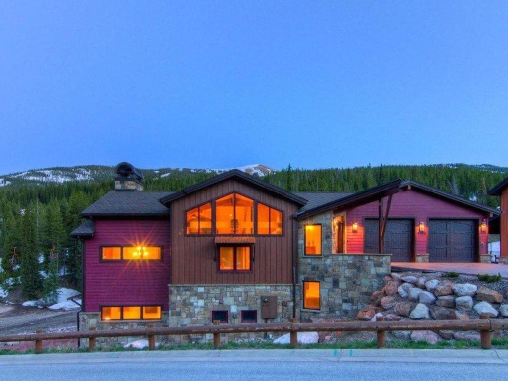Vacation Home Beeler Place House 488, Copper Mountain, CO - Booking.com