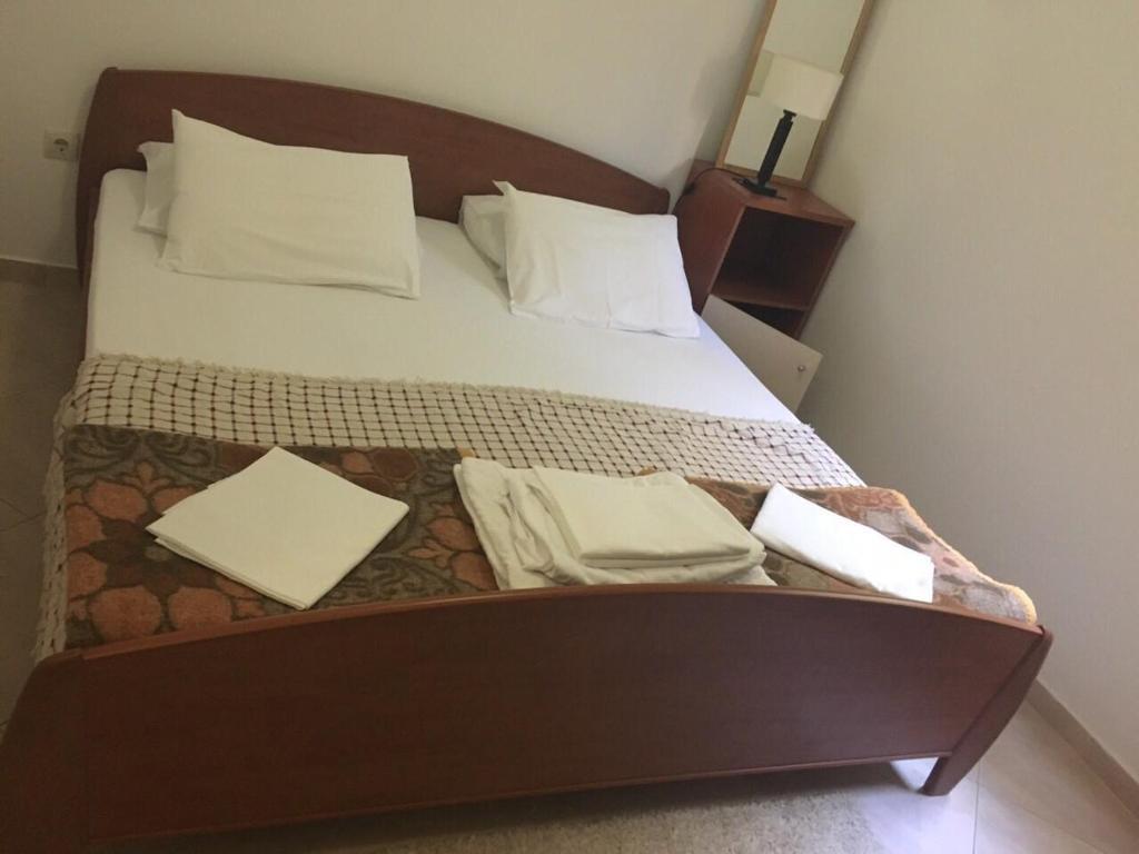 Apartments Ivan Petrovac Na Moru Montenegro Booking Com # Muebles Vaoli Leon