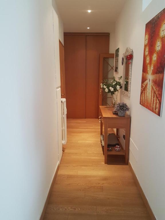 Appartamento con terrazzo - Porta Romana, Milan, Italy - Booking.com