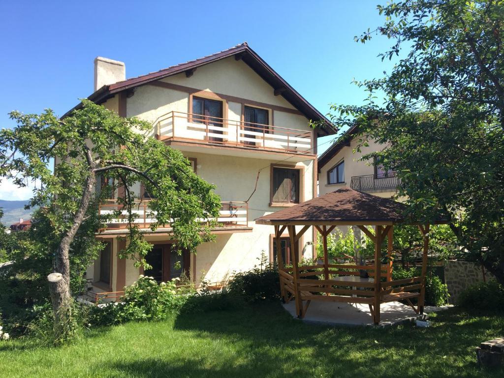 Къща за гости Алекс - Сапарева Баня