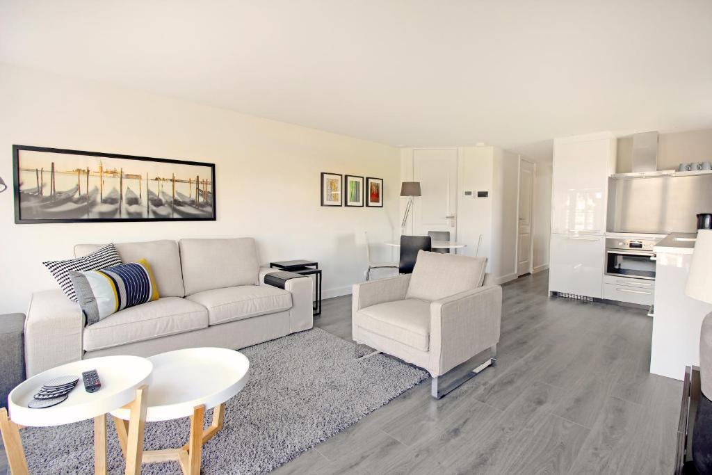 huge 3 bedroom apartment in jordaan near cs amsterdam updated rh booking com