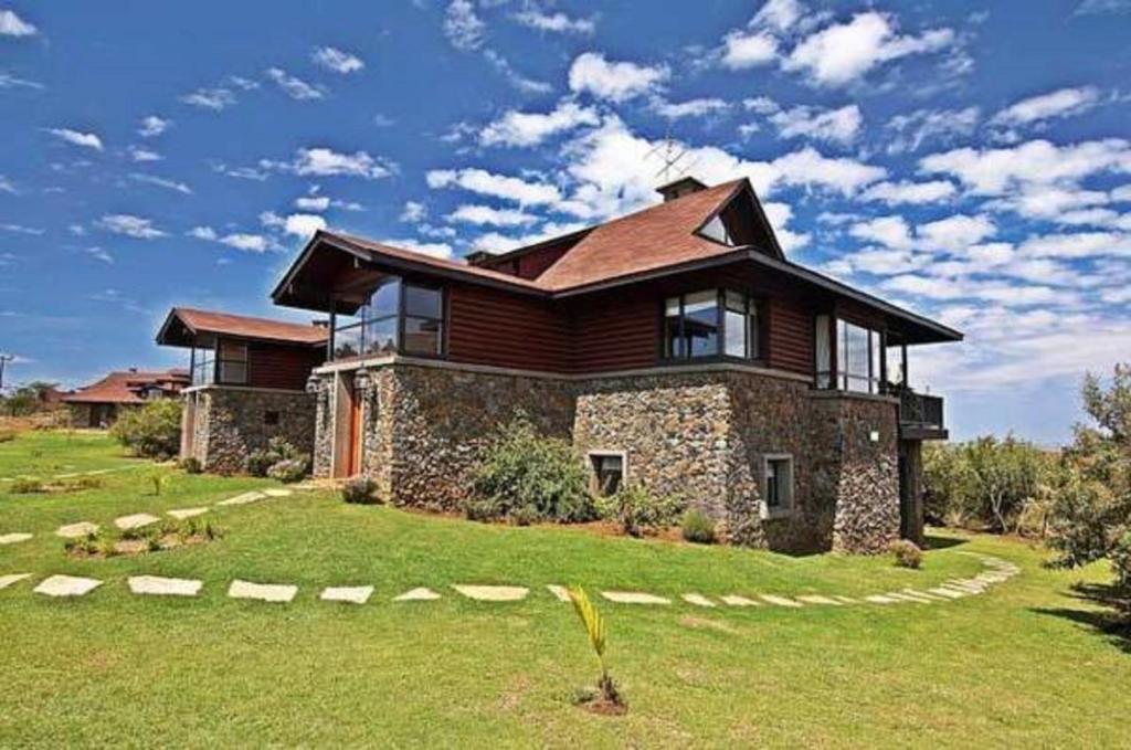 Great Rift Valley Lodge, Naivasha, Kenya - Booking.com