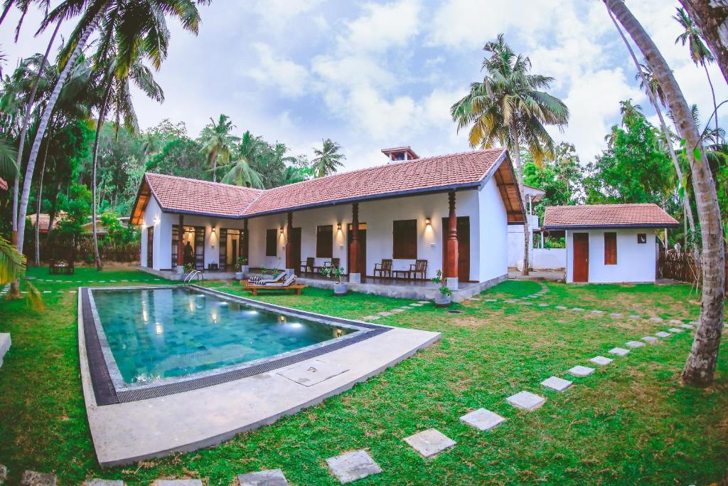villa rentals in sri lanka Amanda beach villas, one of the newest boutique hotels in sri lanka, offers the luxuries of a private villa with the butler service and is situated directly on unawatuna beach south point villa - ahangama (near galle.