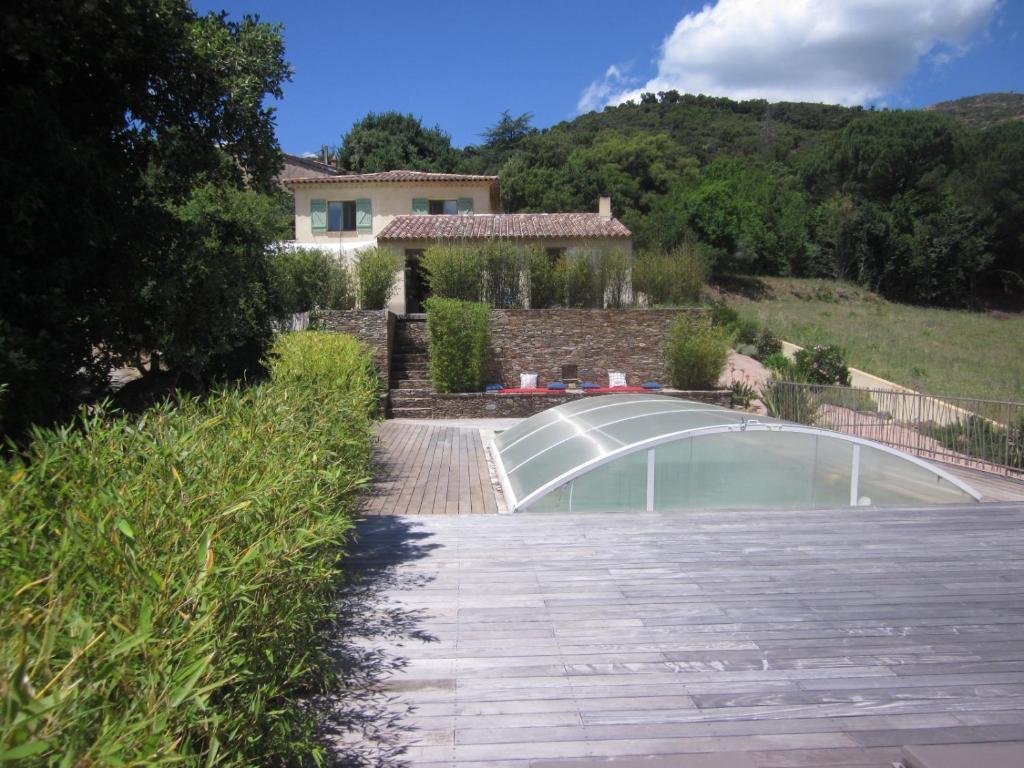 Belle villa 200m² Grimaud (flipers, babyfoot et piscine), France ...