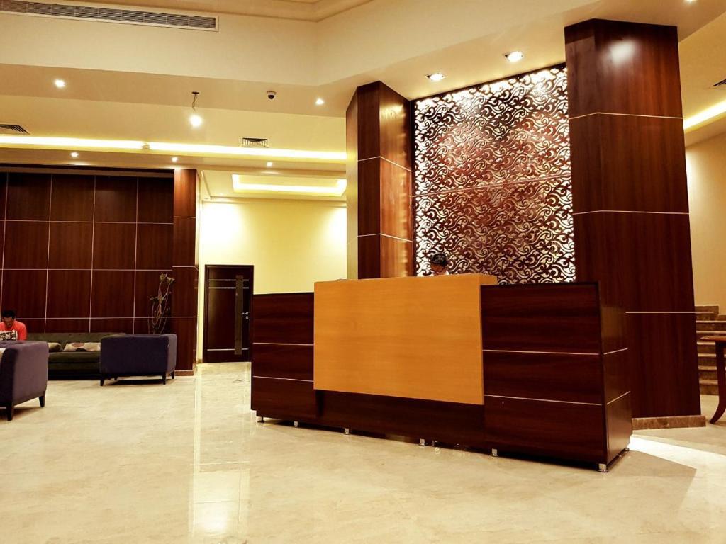 Lily Hotel Suite Mubarraz Al Hofuf Saudi Arabia Booking Com
