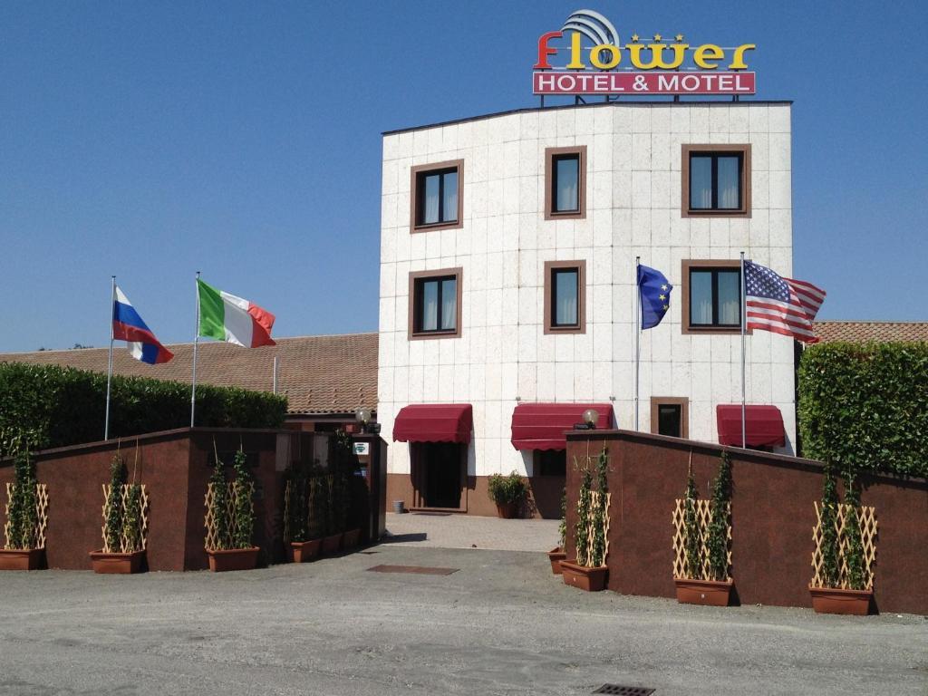 hotel motel flower (italia novi ligure) - booking.com - Arredo Bagno Novi Ligure