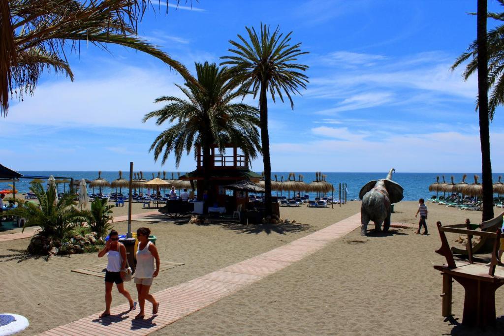 apartment estudio a estrenar puerto deportivo marbella spain bookingcom
