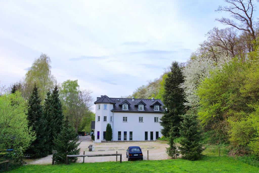 Landgasthaus Steinsmuhle Deutschland Bad Munstereifel Booking Com