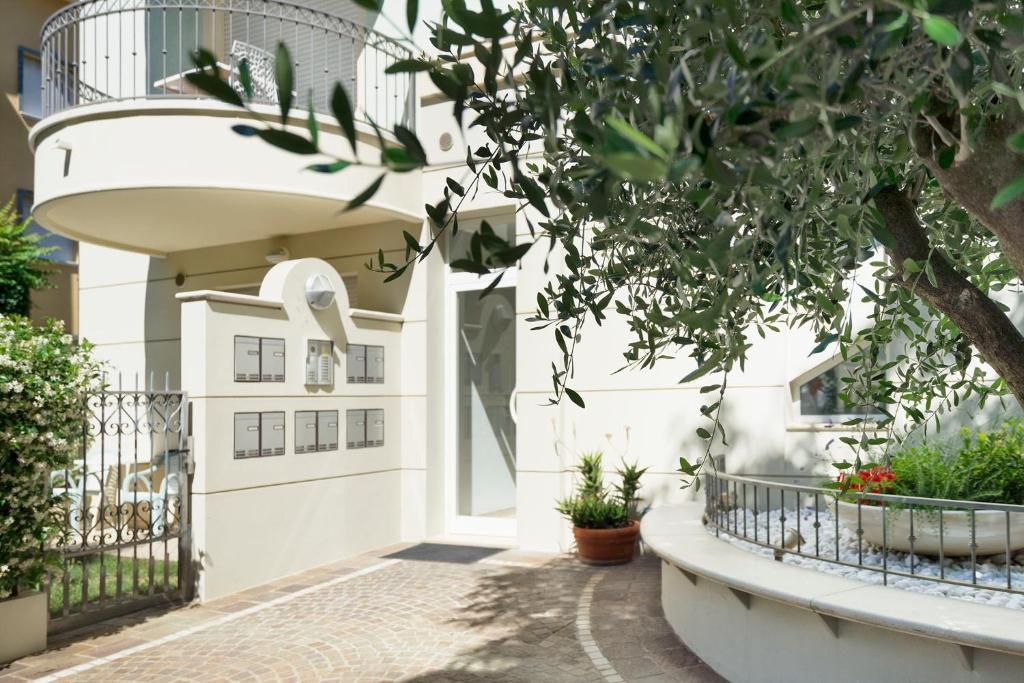 Residence Hamilton, Riccione – Prezzi aggiornati per il 2018