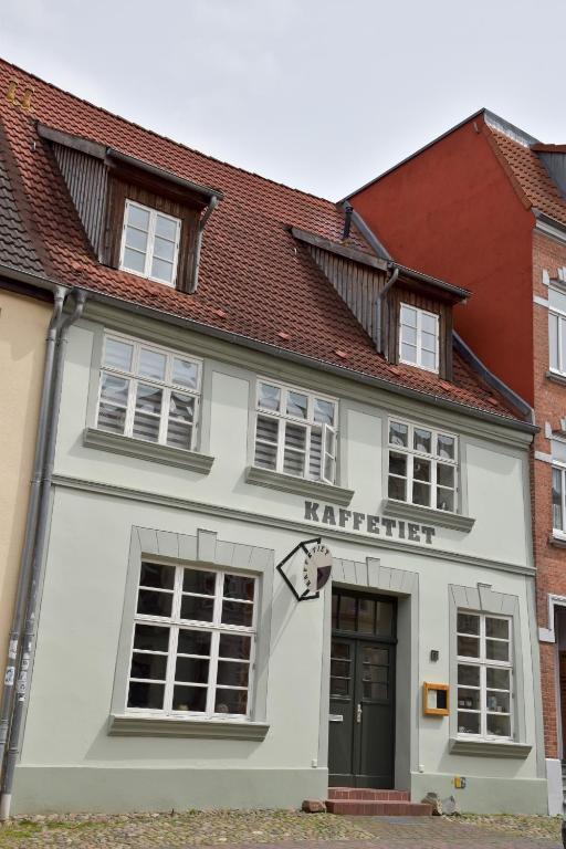 Moderne Duschbäder herberge kaffetiet wismar germany booking com