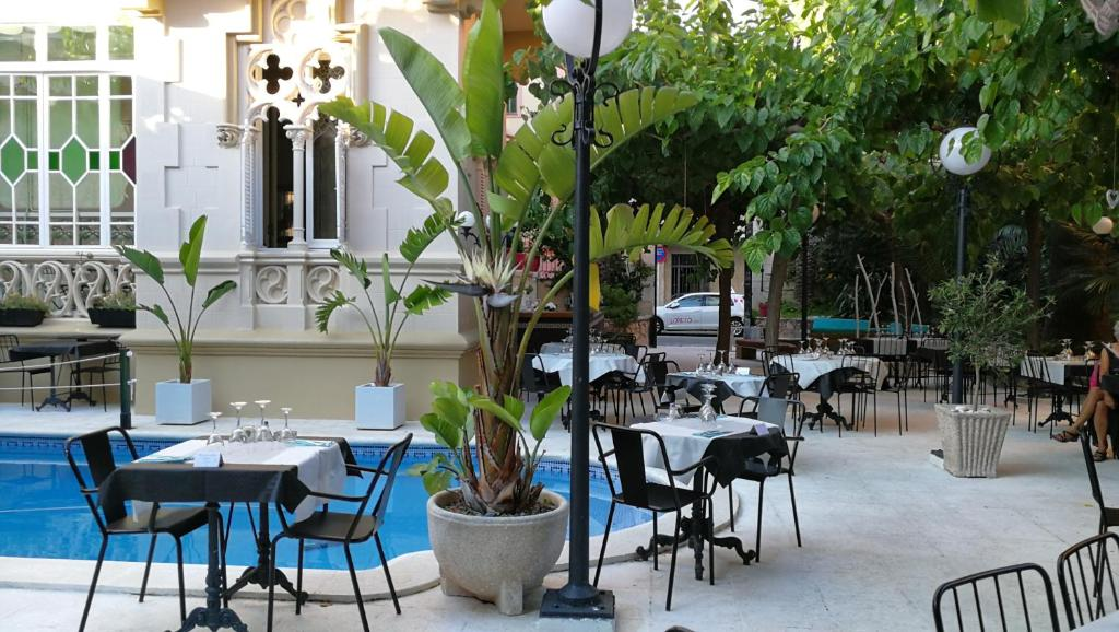 boutique hotels in sitges  23