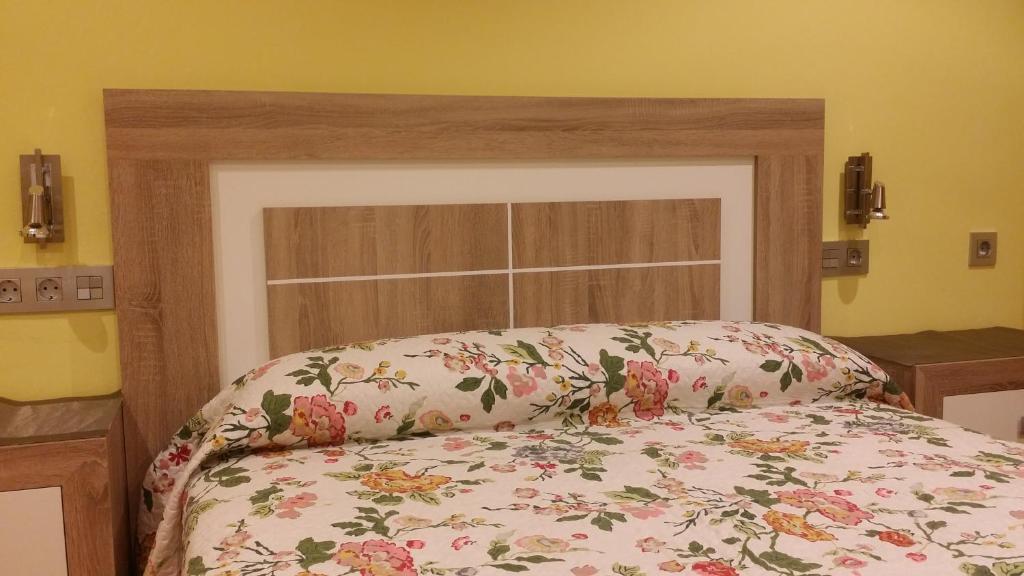 Apartamentos Chevere Lima, Oviedo, Spain - Booking.com