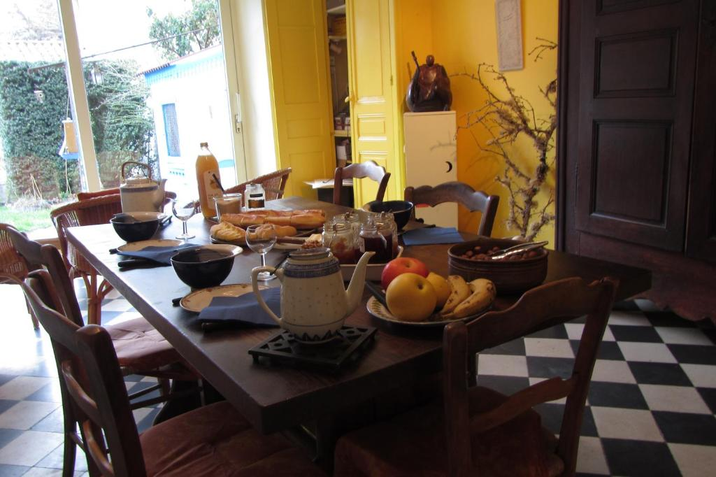 b&b / chambres d'hôtes chambres d hotes (france die) - booking