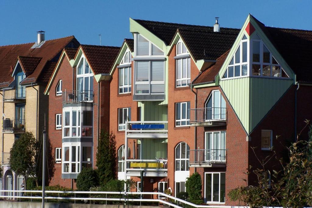 ferienwohnung ferienwohnung marina cux deutschland cuxhaven. Black Bedroom Furniture Sets. Home Design Ideas