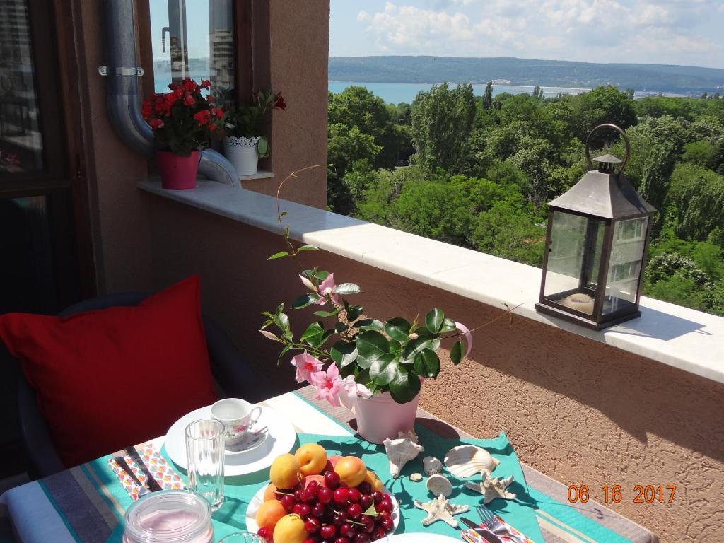 Апартамент Сий Вю Чайка - Варна