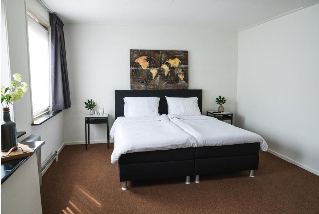 Hotel MarCant, Tubbergen, Netherlands - Booking.com