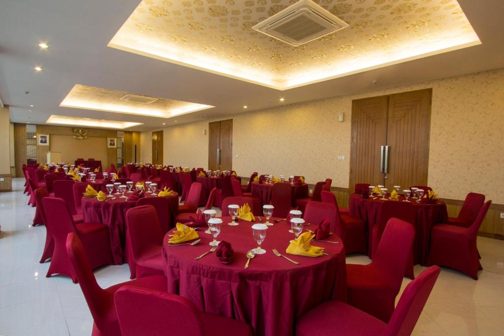 Grand sarila hotel yogyakarta indonesia booking gallery image of this property junglespirit Choice Image