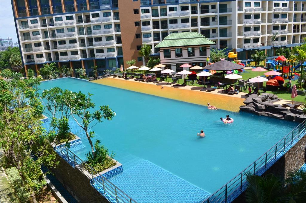 laguna beach resort 2 jomtien beach thailand. Black Bedroom Furniture Sets. Home Design Ideas