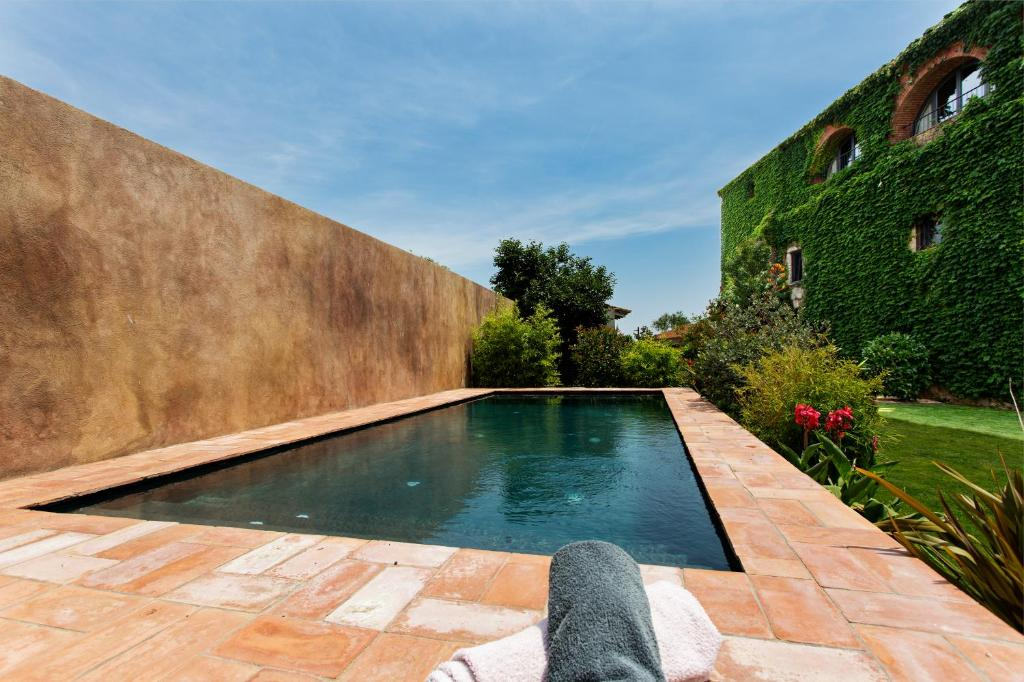 hotels with  charm in casavells  2