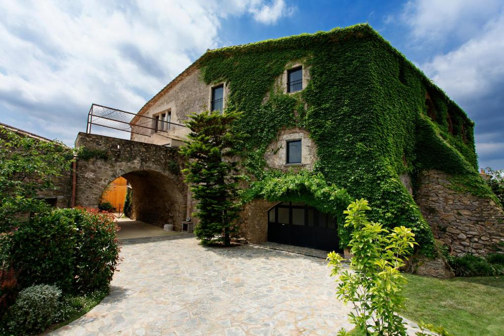 hotels with  charm in casavells  5