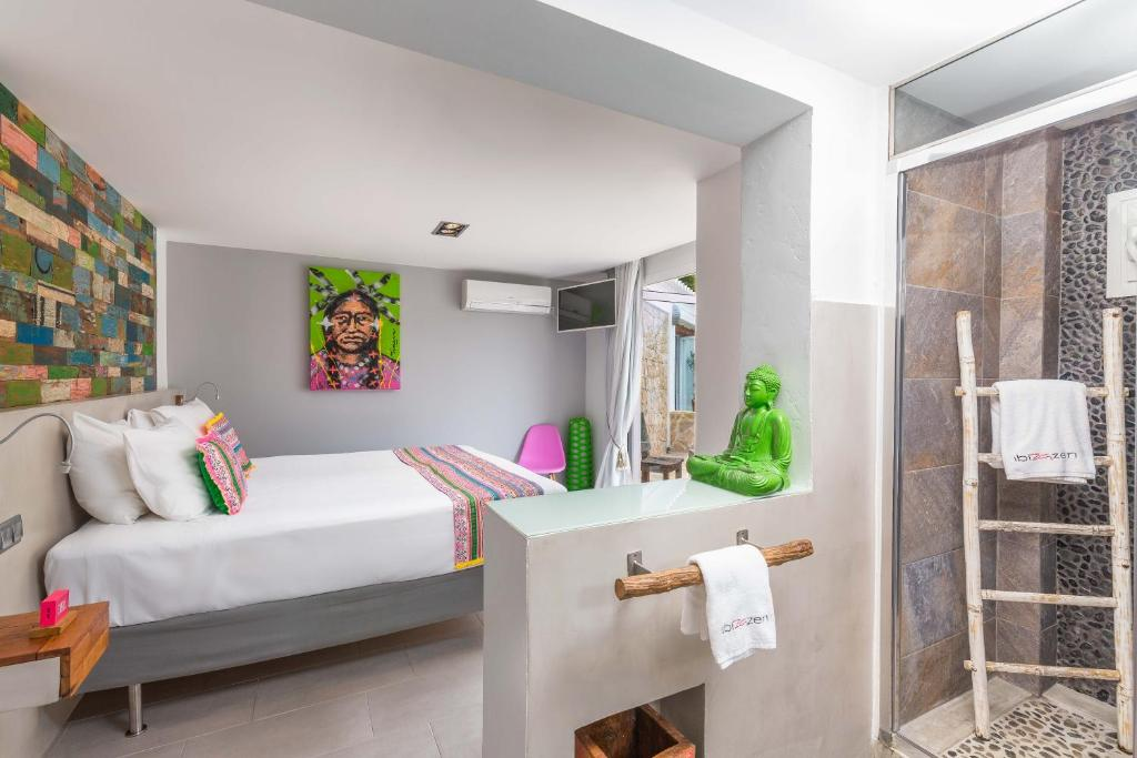 boutique hotels in santa eularia des riu  38