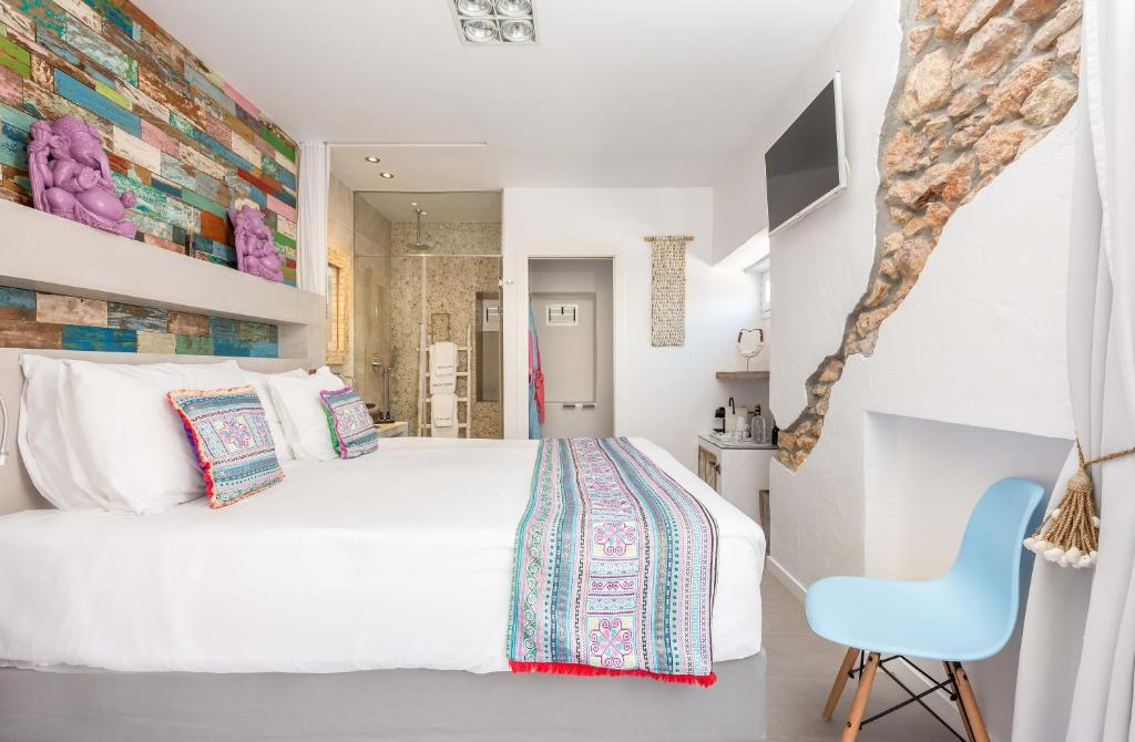 boutique hotels in santa eularia des riu  39